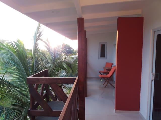 *NIEUW* centraal/landelijk gelegen,echte Curacao A