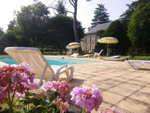 Belle demeure dans la vallée de la Dordogne
