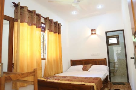 Ranjith Guest House - Mirissa