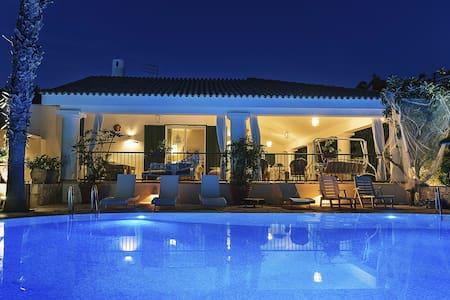 Spendida Villa Resort - Provincia di Brindisi - Villa