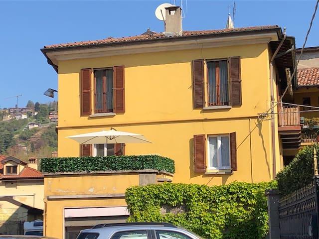 Casa L'Aquila stanza con terrazza