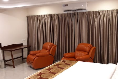 Premier Suite @ Mourya Inn, Ongole