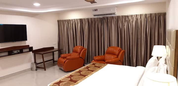 Premier Suite @ Mourya Inn, Ongole
