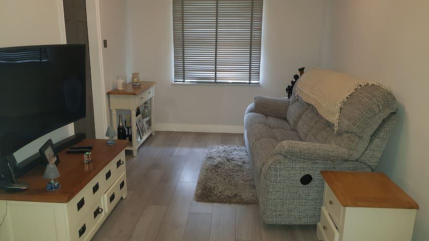 Newly refurbished studio , Separate sleeping area