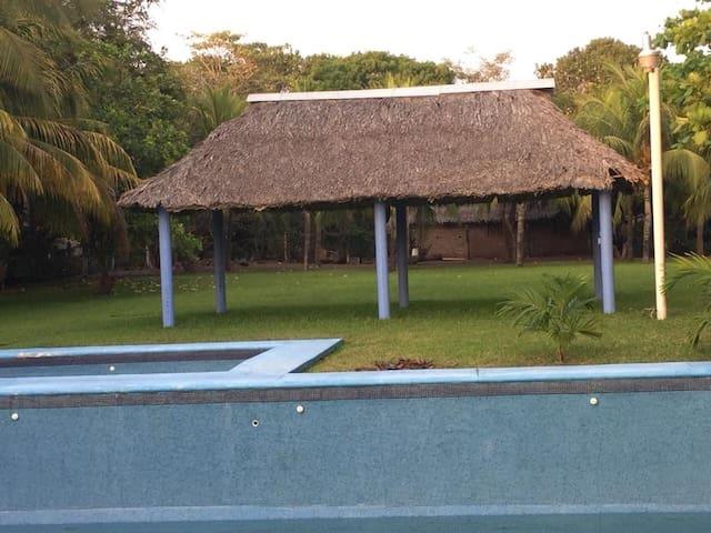 Casa Tierra