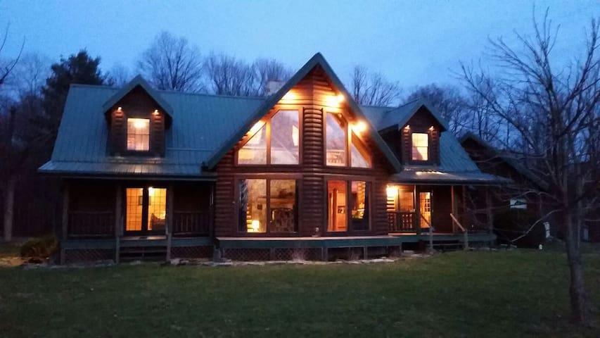 The Lodge at Pine Ridge - Emlenton - House