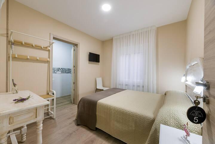 Pensión Luis - Habitación doble con baño privado