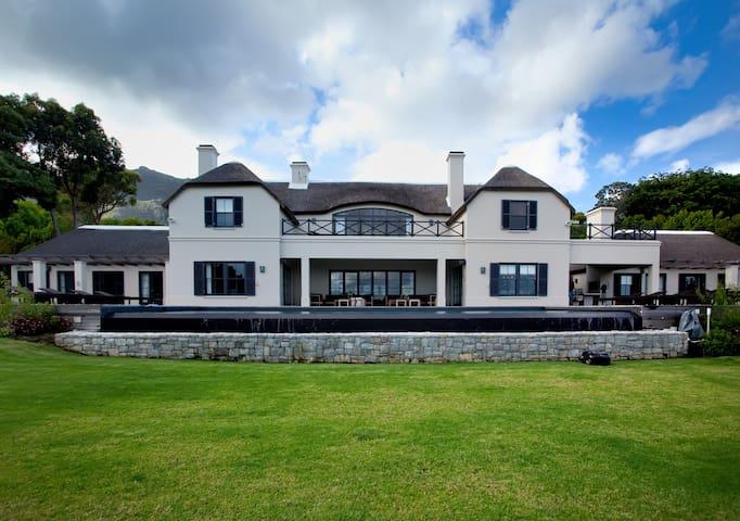 De Verdwaalde Boer Luxery Villa - Cape Town - Villa