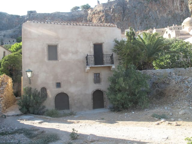 Caterina House - Monemvasia - House