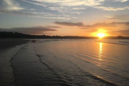 Clarke's Beach Shanty - Byron Bay