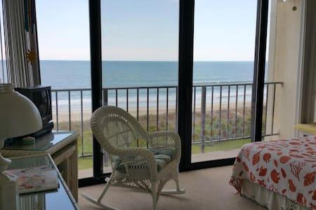 Cheerful Beachfront Condo - Atlantic Beach - (ไม่ทราบ)