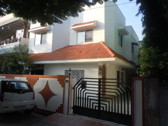 Abode of Bedla (Abha & Deepak's Homestay)
