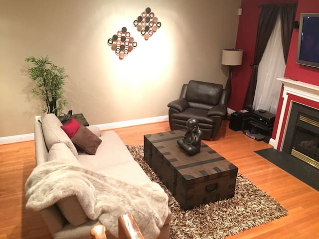 Cozy and Modern 1 Bedroom - Conshohocken - Casa