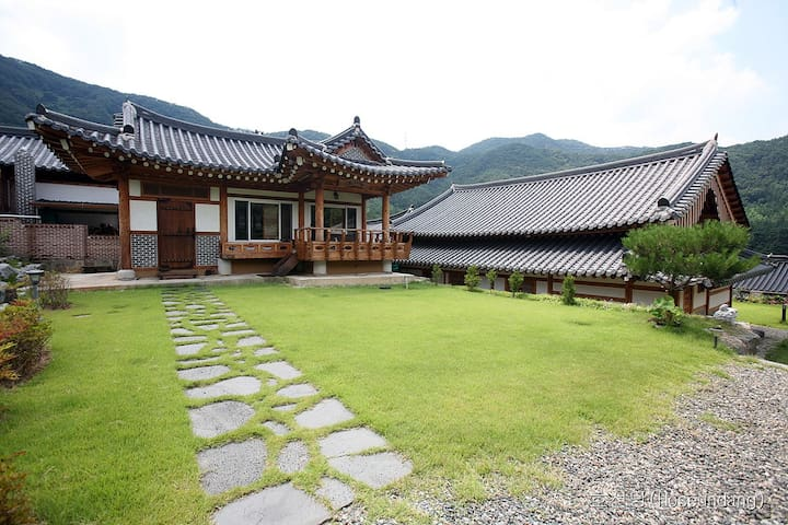 Traditional Korean House(호선당- Hoseundang)