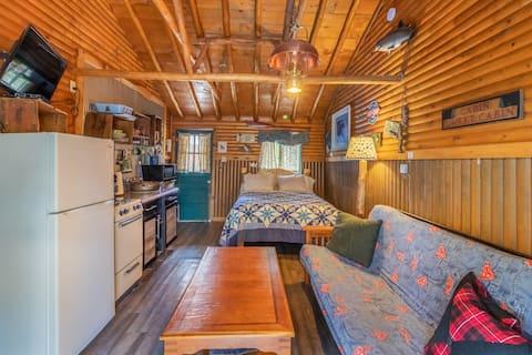 """""""Borte å fiske"""" hytte nr. 9 @ MLL"""