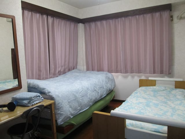 도쿄 메죤패밀리아(2인실A 5000엔)2 People RoomA/이성커플 예약불가