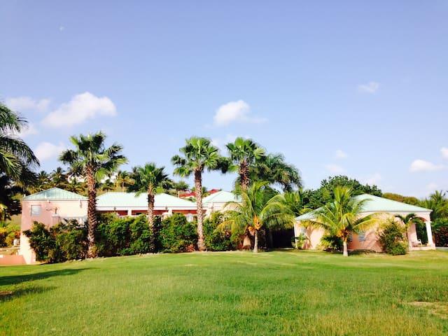 Villa Anna's Breeze