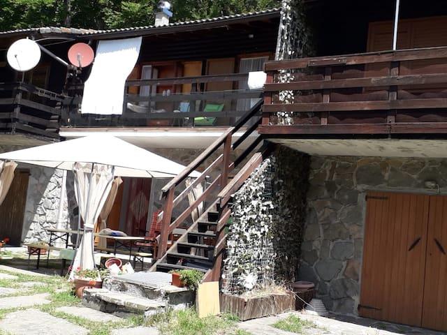 baita di montagna villaggio aracci (zum zeri)