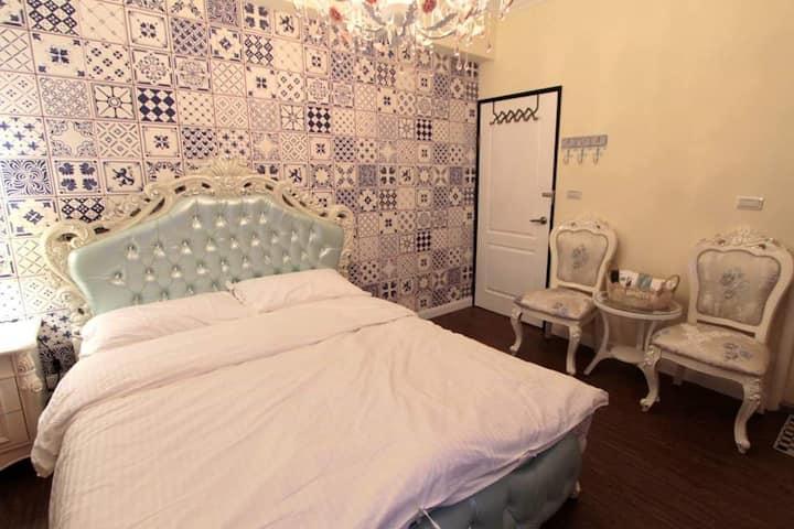 歐式古典套房(標準雙人床)
