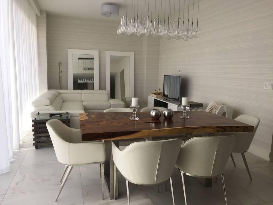 designer furnished dining area.