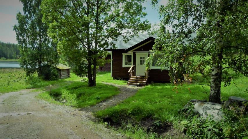 Cosy little studio by lake Längelmävesi with Sauna