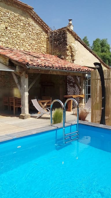 piscine semi enterrée 4x3 mètres en bois
