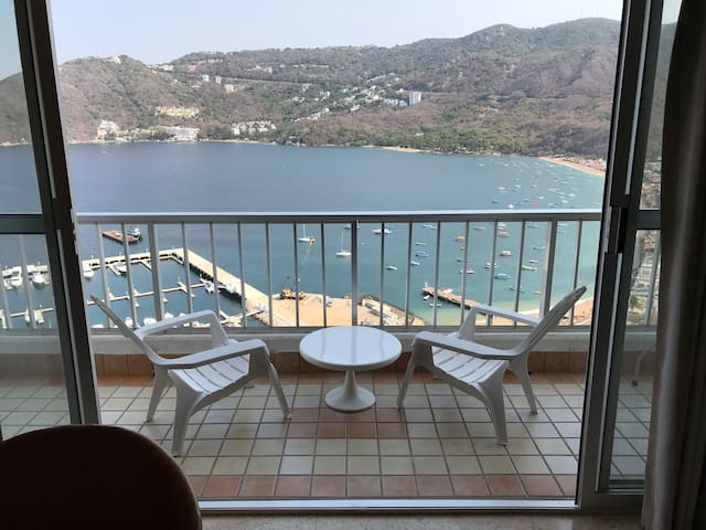Secluded Condo With Stunning View