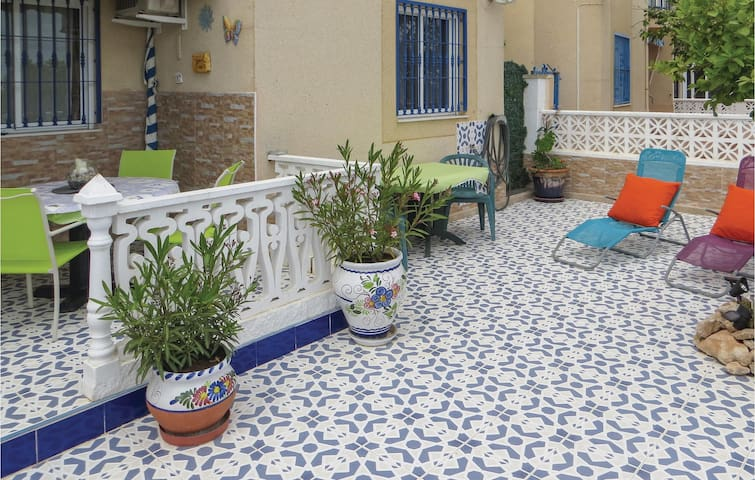 Holiday apartment with 2 bedrooms on 55 m² EBL565