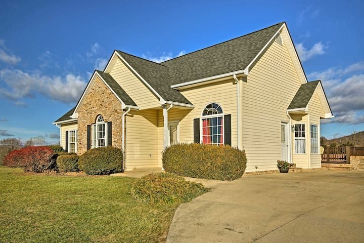 NEW! 3BR Shenandoah Valley Home Next to Winery!