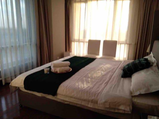 北京新国展后面的会展誉景服务公寓2居室