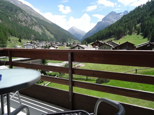 Saas-Grund - Holidays with a view