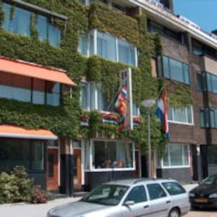 Rotterdam Centrum kamer voor 3 personen