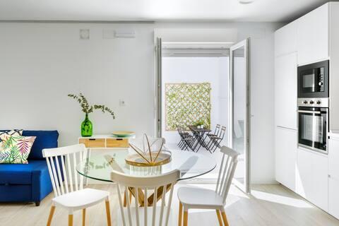 Casa independiente con patio reformada UVT01022