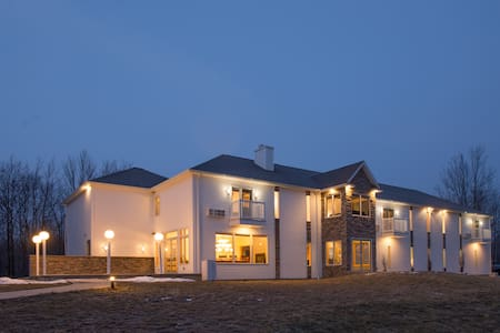 Escape to River Spring Lodge in Darien Center, NY - Darien Center