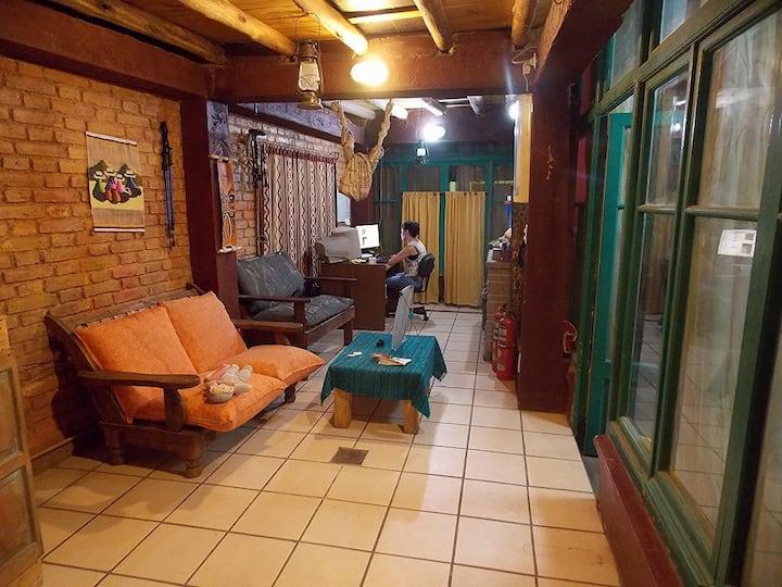 Hostel Intiaconcagua ¡Habitación Torrontes!