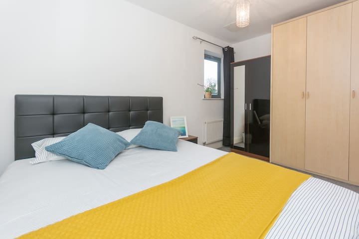 Lovely one bed flat near University Campus