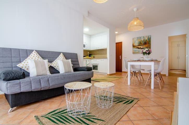 Apartamento moderno en el centro de Fuengirola.