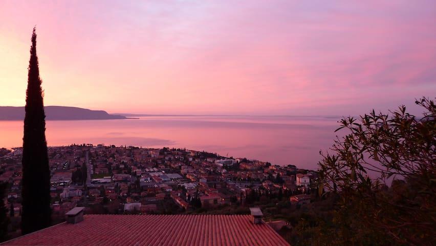 Aufwachen mit einem traumhaften Ausblick - Toscolano-Maderno - Apartemen