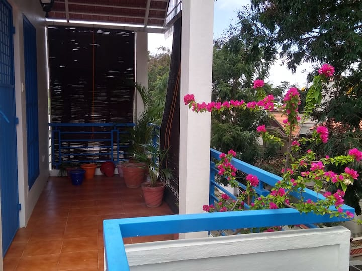 Bougainvillea - a cozy Private-Studio-Apartment.