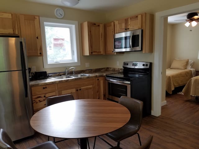 Home #3: GREEN LAKE NEW IN 2018