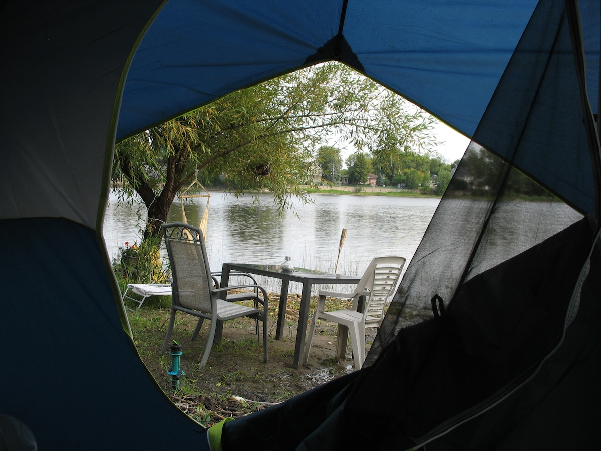 HEATED TENT ON THE RIVER- WI FI quiet and private - Tents for Rent in Laval Québec Canada & HEATED TENT ON THE RIVER- WI FI quiet and private - Tents for Rent ...