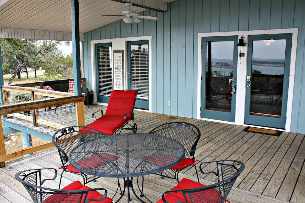 Spacious Deck & Outdoor Dining Area