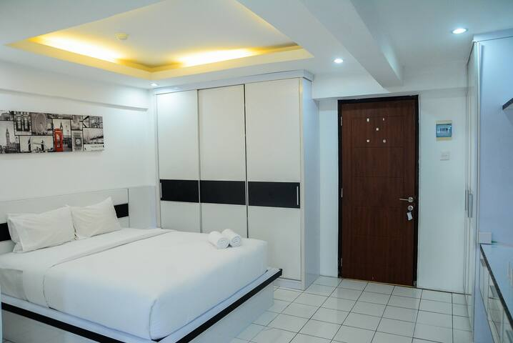 Comfort Studio Kebagusan City Apartment