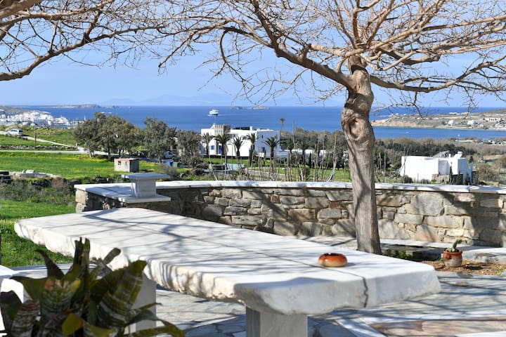 Parikia Cove Villa