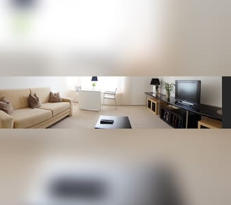 Helles, modernes  1 Zi. Appartement - Mainaschaff - อพาร์ทเมนท์