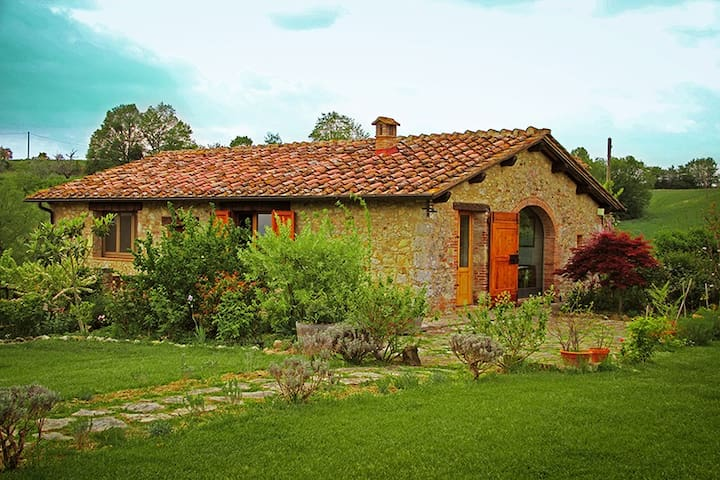 Holiday Cottage Capanno