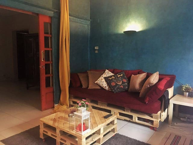 Cozy Blue Room in a good area in Cairo