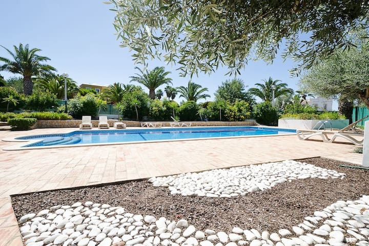 3 bed villa with Pool, WiFi, BBQ, near Galé - 吉亞(Guia) - 獨棟