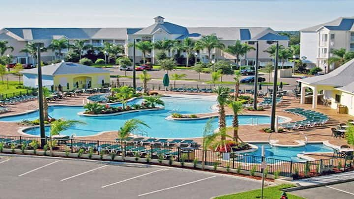 Summer Bay Resort 2BR Suite, FRIDAY Check-In