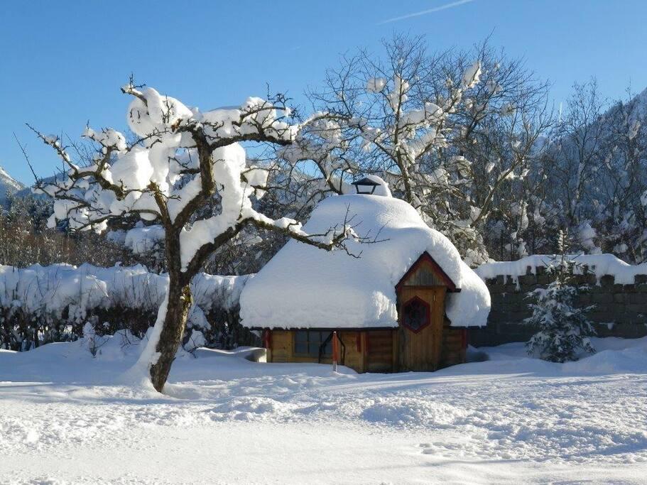 Grill-Kota im Winter